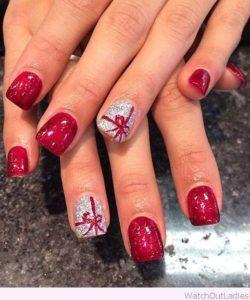 fabulous christmas present nails