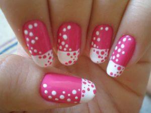 Essie's Gallery Gal nails