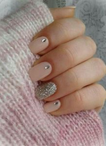beige diamond nails