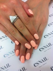 peach pastel nail art