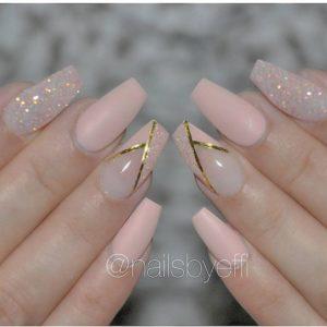 gold striped manicure