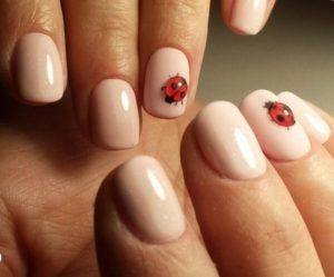 ladybug nail design idea