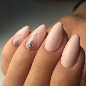 geometric nude nails