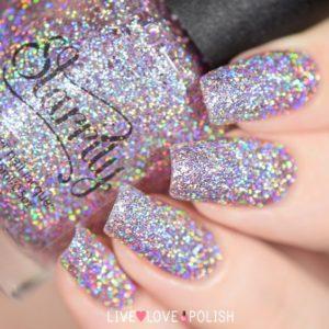 hologrpahic silver nails