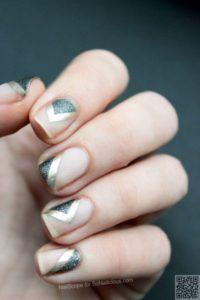 minimalist silver nails