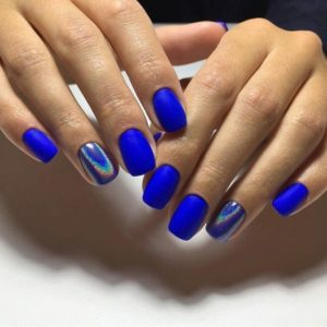 chrome nails blue