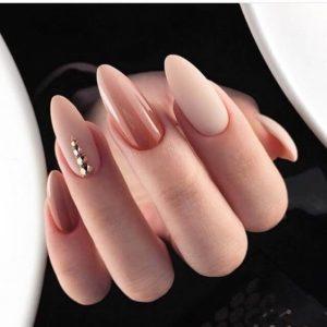 diamonds nude nails