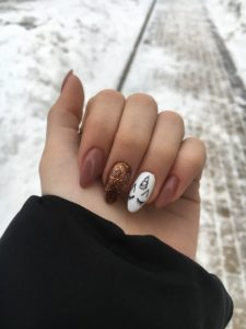 gold white unicorn nails