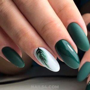 green leaf Gel Nails
