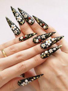 Japanese-Art Pointy Stiletto Nails