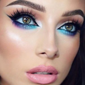 Holographic Under Eye Colour