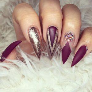Sparkly Stiletto Nails