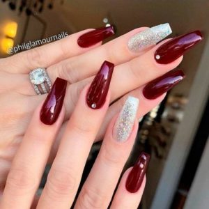 coffin burgundy nails and silver glitter
