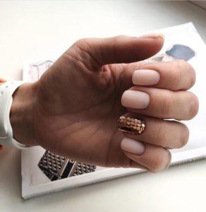 Disco-Ball nails