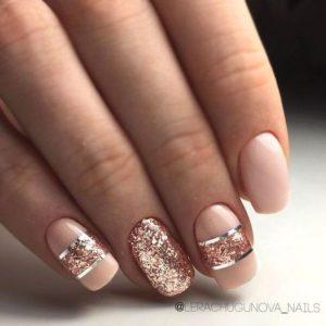 Horizontal Stripes nails