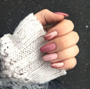 Pretty in Pink nails