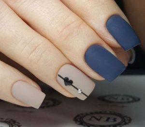 vlentines blue nails
