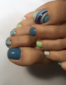 blue and green toenails