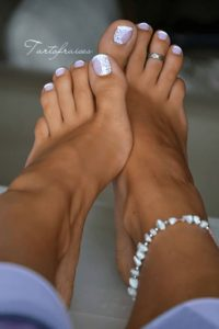 bridal toenail look