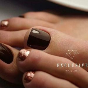 brown and rose gold toenails
