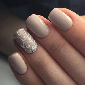 short nude nails