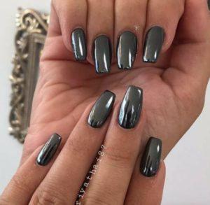 gray chrome nails