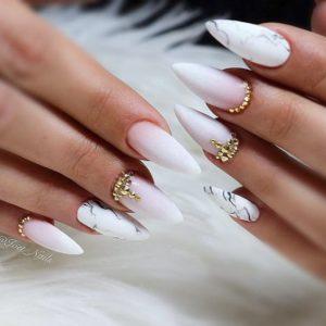 Marble stiletto nails