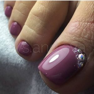 elegant purple toenail design