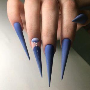 stiletto blue nails
