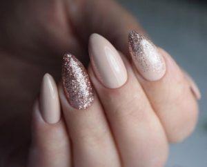 Glitter Beige Nails