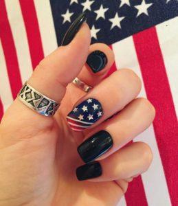 cute 4th of July nail design