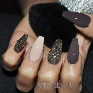 brown glitter nails