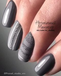 short gray nails