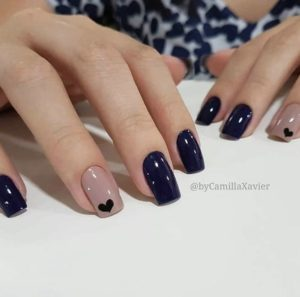 navy blue square-shaped nails