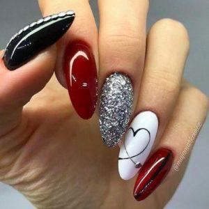 edgy heart nails