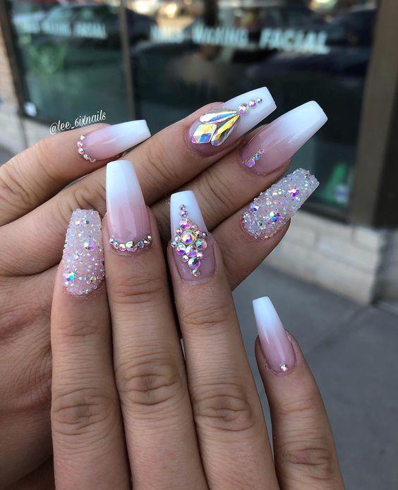 Rhinestone nails