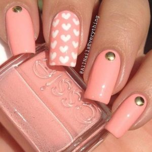 white hearts coral nails