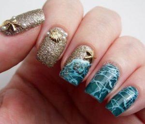 ocean inspired mermaid nails