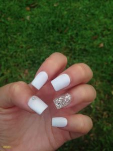 short white nails silver