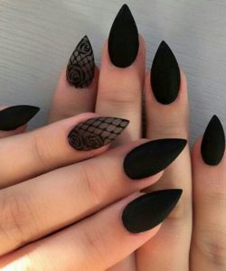gothic lace nails
