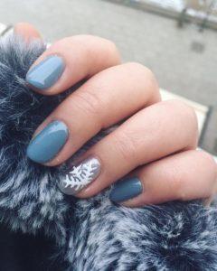 snow winter nails