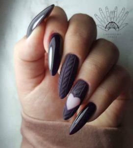 winter holiday nails