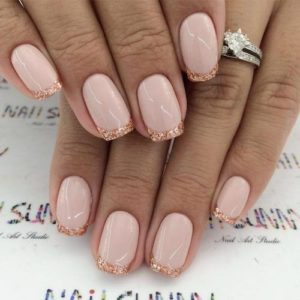 Sparkly french manicure tips