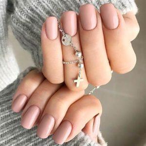short-pink-acrylics