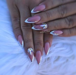 Big gems on accent nails