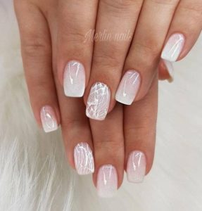 Abstract nail design on accent nail