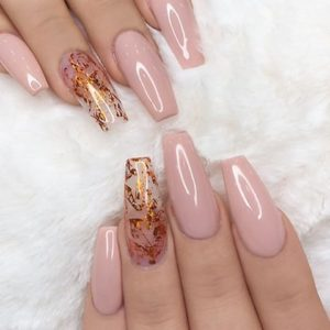 Autumn leaves on accent nail with gold nail foil