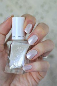 iridescent neutral
