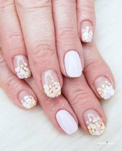 Pastel glitter gradient from nail tip