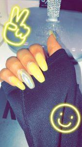chrome nail polish used on accent nail
